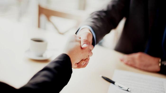 چند راه کار کاربردی برای جلب اعتماد مشتری