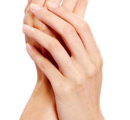 آشنایی با ۱۸ درمان خانگی سردی دست و پاها