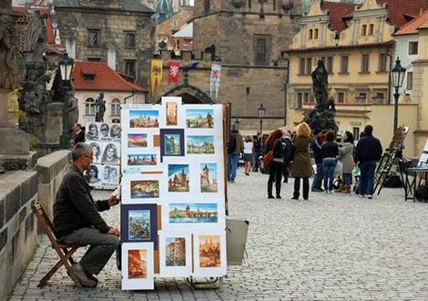 فروشندهی آثار هنری