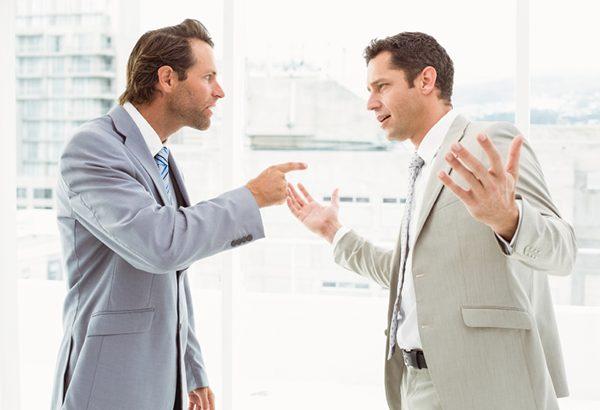 استرس مناقشات در محل کار