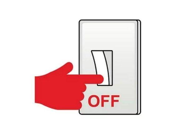 قبل از بازرسی کامل خانه، از هیچ وسیلهی برقی در خانهتان استفاده نکنید