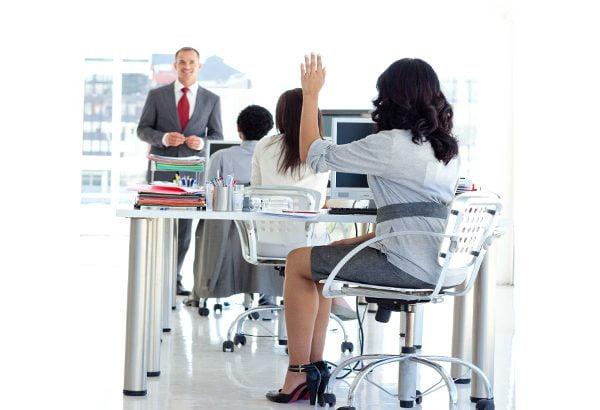 آشنایی با چند شرکت معروف و موفق که از آموزش سازمانی آنلاین کارکنان استفاده می کنند.