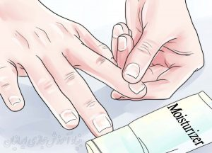 چگونه جلوی پوسته پوسته شدن کنار ناخن ها را بگیریم؟